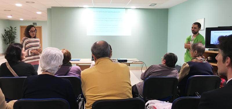 Comienza la prueba piloto del proyecto Geria-TIC en Geriatros Oleiros y Carballo